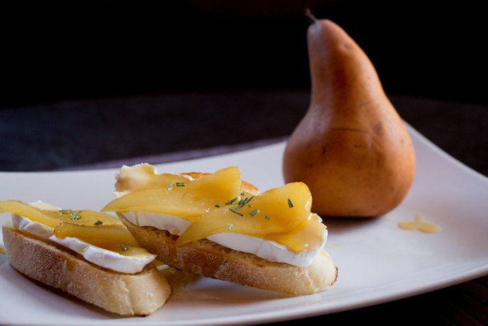Crostini with Honey Grilled Pears, Brie and Fresh Rosemary